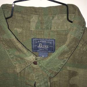 G.H. Bass - M Greenish Camouflage Button Down